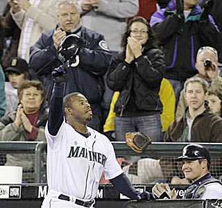 After nearly 10 years of waiting, Seattle fans witness Ken Griffey Jr. going deep for the M's at Safeco.  (AP)