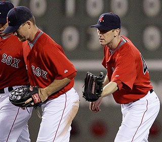 J.D. Drew and Jason Bay can take bows after hitting homers in Boston's furious comeback. (AP)
