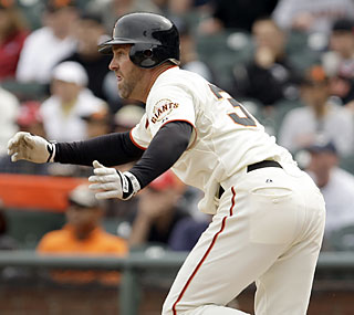 Rich Aurilia comes up big for the Giants after he provides the game-winning hit in the 10th inning.  (AP)