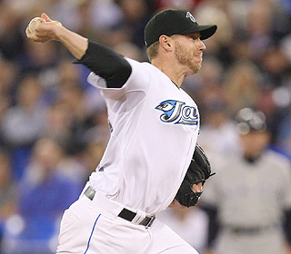 Roy Halladay wins his fourth straight start, giving up one run while striking out five. (US Presswire)