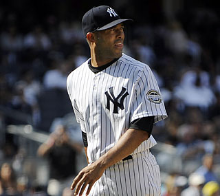 Mariano Rivera continues to struggle against the Rays, giving up three earned runs.  (AP)