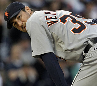 Justin Verlander twirls a complete game and is 7-0 since April 27 with a league-best 1.10 ERA.  (AP)