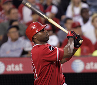 Torii Hunter is the 12th player in Angels history to hit three home runs in a game. (AP)