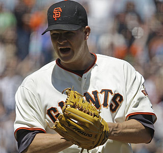 Matt Cain fans a season-high nine, walks none and yields just one run during his four-hit complete game.  (AP)