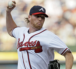 Tommy Hanson escapes a couple of jams and now has pitched 13 2/3 consecutive scoreless innings.  (AP)