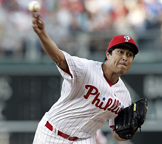 Rodrigo Lopez earns his first win since beating the Phillies in 2007 as a member of the Rockies.  (AP)