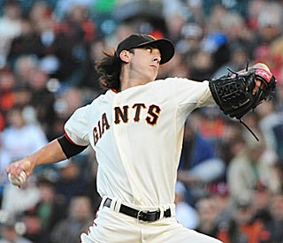 Tim Lincecum runs his scoreless innings streak to 29 before struggling in the seventh.  (US Presswire)