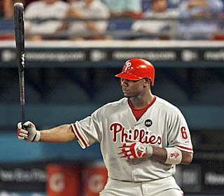 Ryan Howard passes Ralph Kiner's mark for quickest to 200 homers in the Phils' sixth straight win.  (AP)
