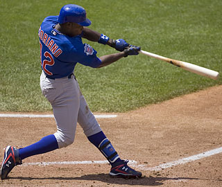 Alfonso Soriano belts a two-run blast, his second HR in two games after a stretch of 120 homerless at-bats.  (AP)