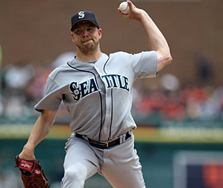 With the win, left-hander Jarrod Washburn improves to 5-1 with a 1.81 ERA in his last seven starts.  (US Presswire)