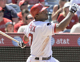 The Angels overpower the Indians thanks to Howie Kendrick, who drives in a career-high five RBI.  (AP)