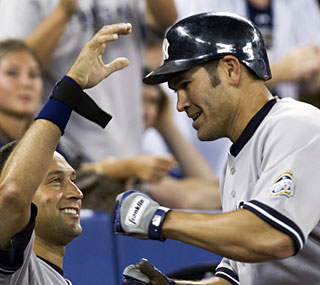 Johnny Damon goes 3 for 5 with a homer to help the Yankees finish off the two-game sweep.  (AP)