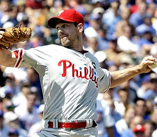 Cliff Lee K's eight and yields one run over eight innings, improving to 3-0 with the Phillies. (AP)