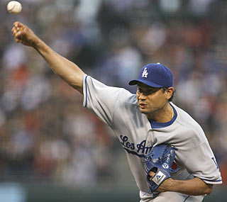 Vicente Padilla continues to thrive in a Dodgers uniform as he riddles the Giants through six scoreless innings.  (AP)
