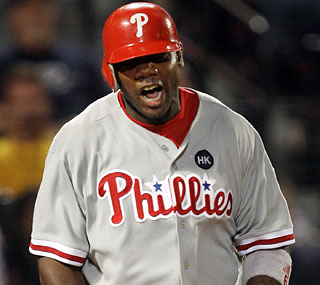 Ryan Howard takes Tim Hudson deep and puts more space between Philly and Atlanta in the standings.  (AP)