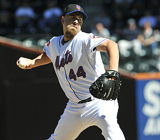 Tim Redding gives up one earned run over seven innings to help the Mets get back on track. (AP)