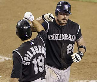 Jason Giambi homers for the 2nd straight game, giving him 11 RBI in his 12 games with the Rockies.  (AP)