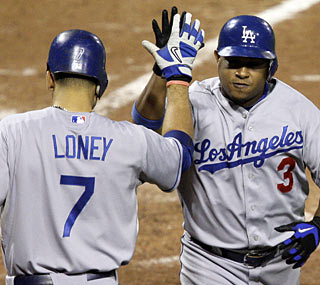 Ronnie Belliard has been a great addition to the playoff-bound Dodgers, hitting a homer in the ninth.  (AP)