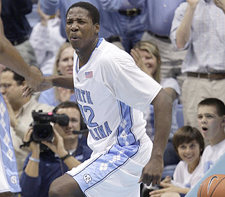 Ed Davis thrills the North Carolina faithful, hitting 8 of 10 shots from the floor with six boards. (AP)