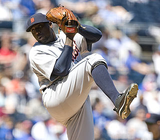 Dontrelle Willis allows two runs over six innings in his first regular-season start since June 14. (AP)
