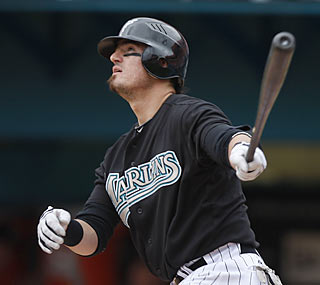Jorge Cantu carries the Marlins to victory by tying a career-high with five RBI, including a three-run HR.  (AP)