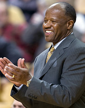 Mike Anderson is just one of many coaches to take a pass on the Oregon job. (AP)