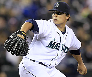 Jason Vargas, the latest Mariners pitcher to dazzle, yields just three hits through seven innings.  (AP)