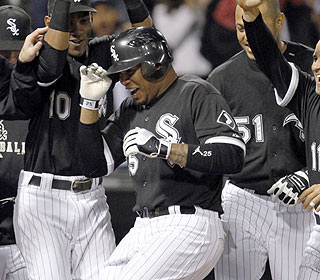 Happy birthday! Andruw Jones lifts the ChiSox to victory on the day he turns 33-years-old. (AP)