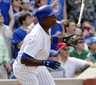 His knee feeling healthy, Alfonso Soriano belts a game-tying home run in the seventh inning.  (AP)