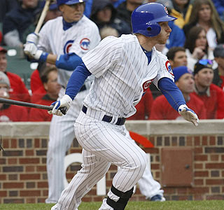 Mike Fontenot's two-run double in the second helps the Cubs win for the second time in nine games.  (AP)