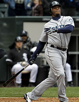 Ken Griffey Jr. is hitting .200 and has yet to hit a homer this year. (AP)
