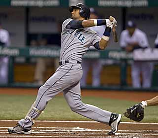 The M's come in with a major-league low 16 homers but manage to hit three vs. the Rays. (US Presswire)