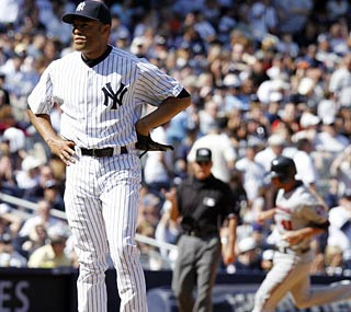 Mariano Rivera can't believe he just gave up the grand slam, his first since 2002.  (US Presswire)