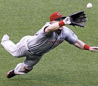 Laynce Nix flashes some leather by making this diving catch in the fifth inning.  (AP)