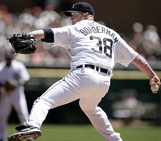 Jeremy Bonderman gives up two runs in seven innings and doesn't issue a walk for surging Detroit. (AP)