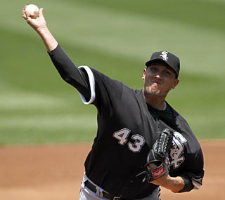 Feddy Garcia wins for the eighth time in nine starts to help the White Sox reach the .500 mark.  (AP)