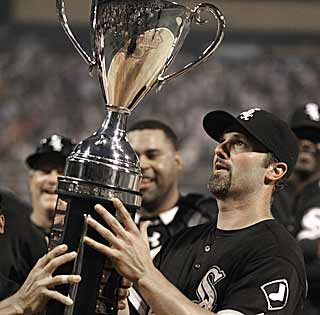 The Crosstown Cup belongs to the White Sox as they dispatch of the Cubs in consecutive games. (AP)