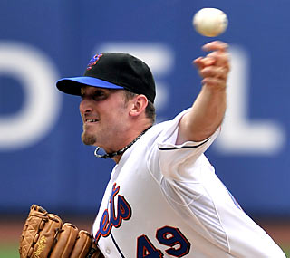 Jonathon Niese improves to 4-0 with a 2.67 ERA in five starts since returning from the DL.  (AP)