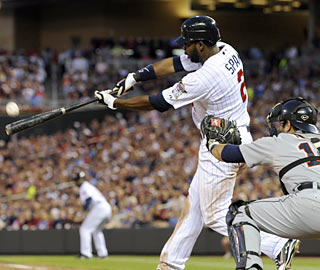On top of his historic achievement, Denard Span finishes 4 for 4 with a walk and five RBI in the rout. (AP)
