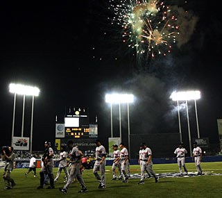 The Mets walk off the field in Puerto Rico after salvaging the finale of a three-game set.  (Getty Images)