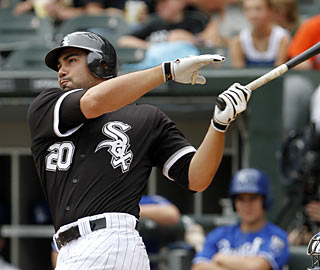 Carlos Quentin -- four HRs and eight RBI in the past two games -- helps Chicago take the AL Central lead.  (AP)