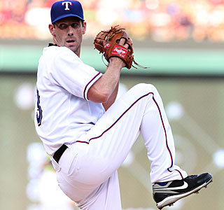 Despite striking out a career-high 13, Cliff Lee remains stuck at 99 career wins. (US Presswire)