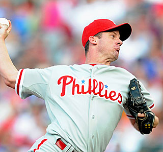 Roy Oswalt, a former 20-game winner, struggles as the Phillies' eight-game win streak ends.  (Getty Images)