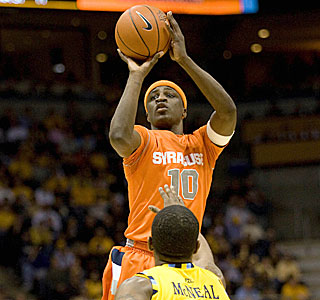 Jonny Flynn pours in 20 points after halftime and finishes with 24 in Syracuse's victory.  (US Presswire)