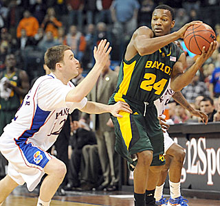 LaceDarius Dunn's proficiency from the perimeter helps lead Baylor to the upset victory.  (US Presswire)