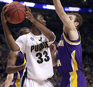Purdue likely wouldn't be in the second round without E'Twaun Moore's game-high 17 points.  (Getty Images)