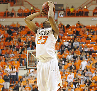 Oklahoma State's James Anderson finds his 3-point stroke, going 5 of 8 from long range.  (AP)