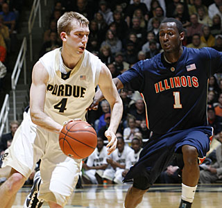 Robbie Hummel helps Purdue to its ninth consecutive victory with 22 points and 12 rebounds.  (US Presswire)