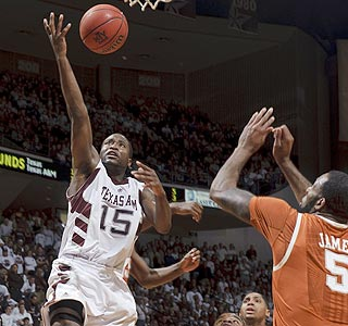 Donald Sloan scores a game-high 19 points as Texas A&M improves to 20-8 overall, 9-5 in the Big 12. (AP)