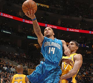 Jameer Nelson comes up big for Orlando in the fourth quarter, netting 15 points.  (Getty Images)